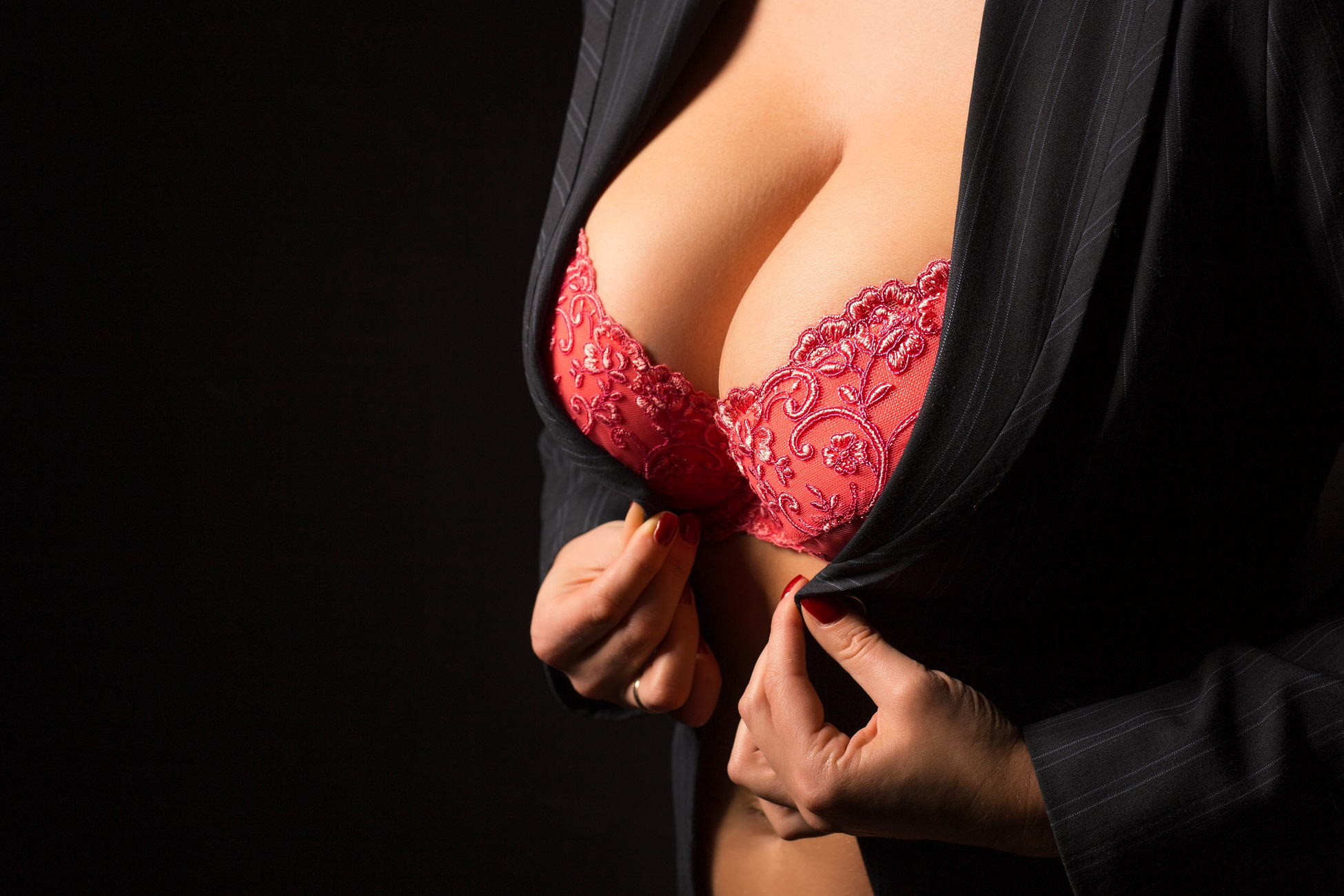 Big breasts pictures